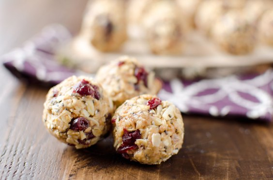 cranberry-almond-energy-bites-3-copy